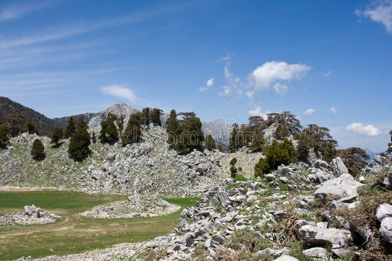 Horizontal sc?nique de montagne Vall?e en pierre Mani?re de Lycian La Turquie images libres de droits