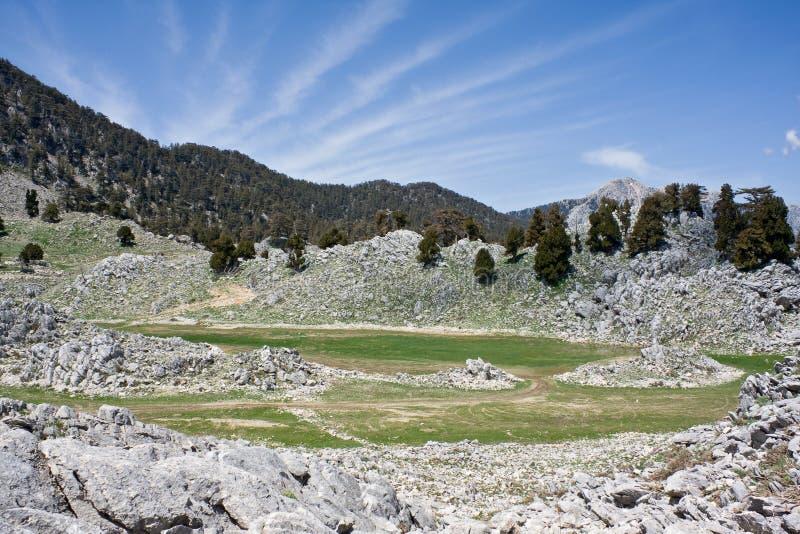 Horizontal sc?nique de montagne Vall?e en pierre Mani?re de Lycian La Turquie photographie stock libre de droits
