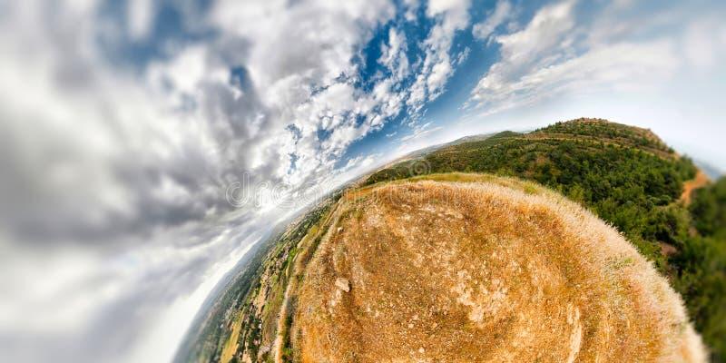 Horizontal sphérique de montagne photos stock