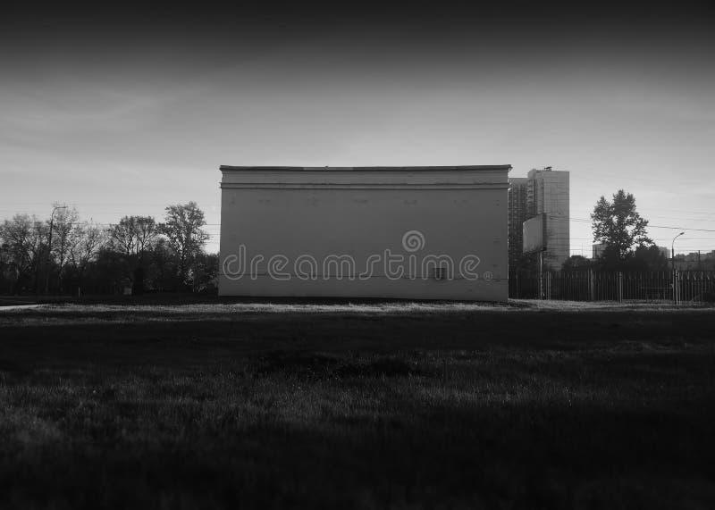 Horizontale zwart-witte doos de bouwobjecten achtergrond stock afbeeldingen