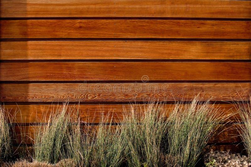 Horizontaler Latteholzzaun lizenzfreies stockbild