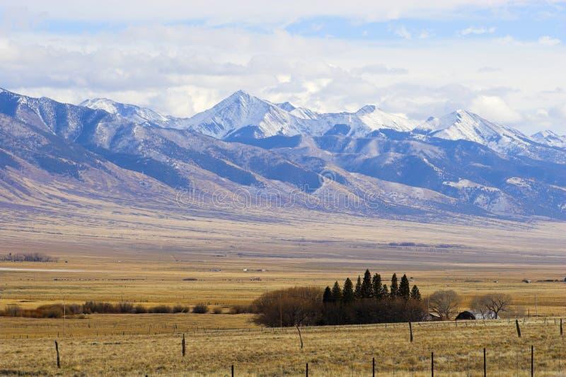 Horizontaux de montagne photographie stock libre de droits