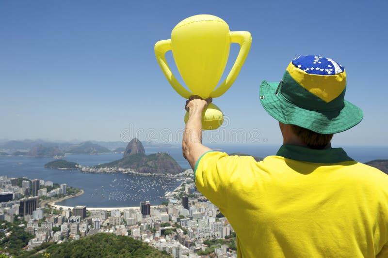Horizonte brasileño del trofeo de la camisa del hombre en 2014 foto de archivo