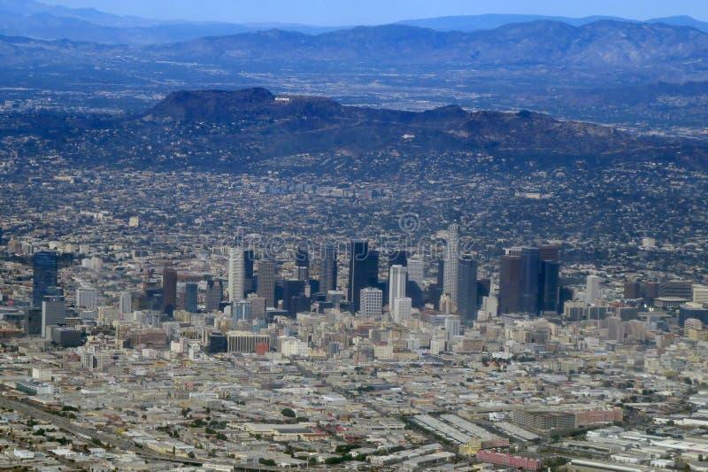 Horizonte céntrico de Los Ángeles imagen de archivo