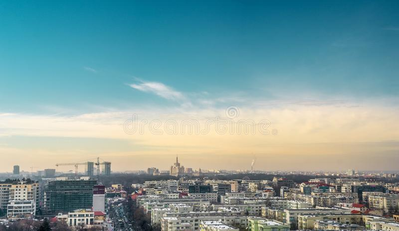 Horizonte de Bucarest fotos de archivo libres de regalías