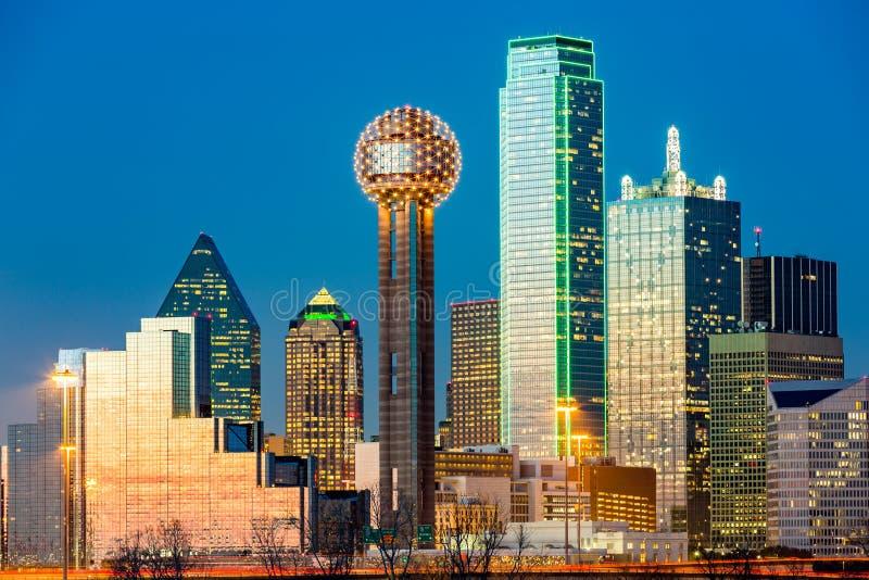 Horizonte de Dallas en la puesta del sol foto de archivo libre de regalías