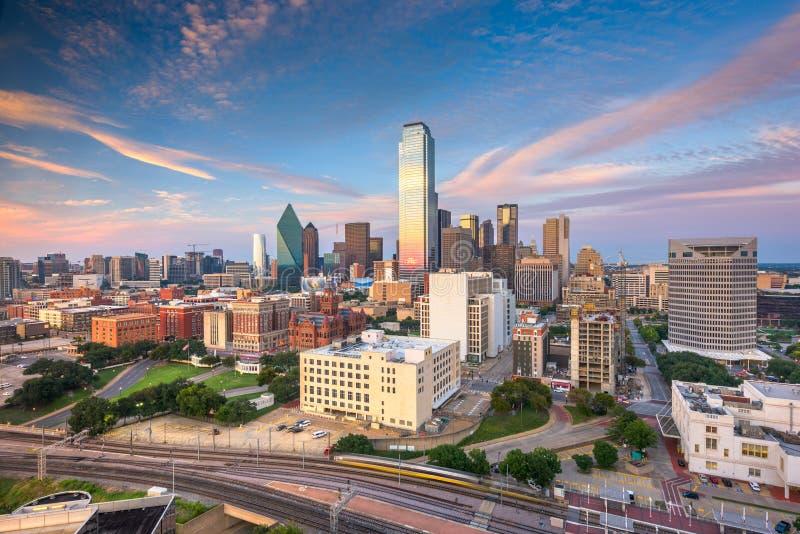 Horizonte de Dallas, Tejas, los E.E.U.U. sobre la plaza de Dealey foto de archivo