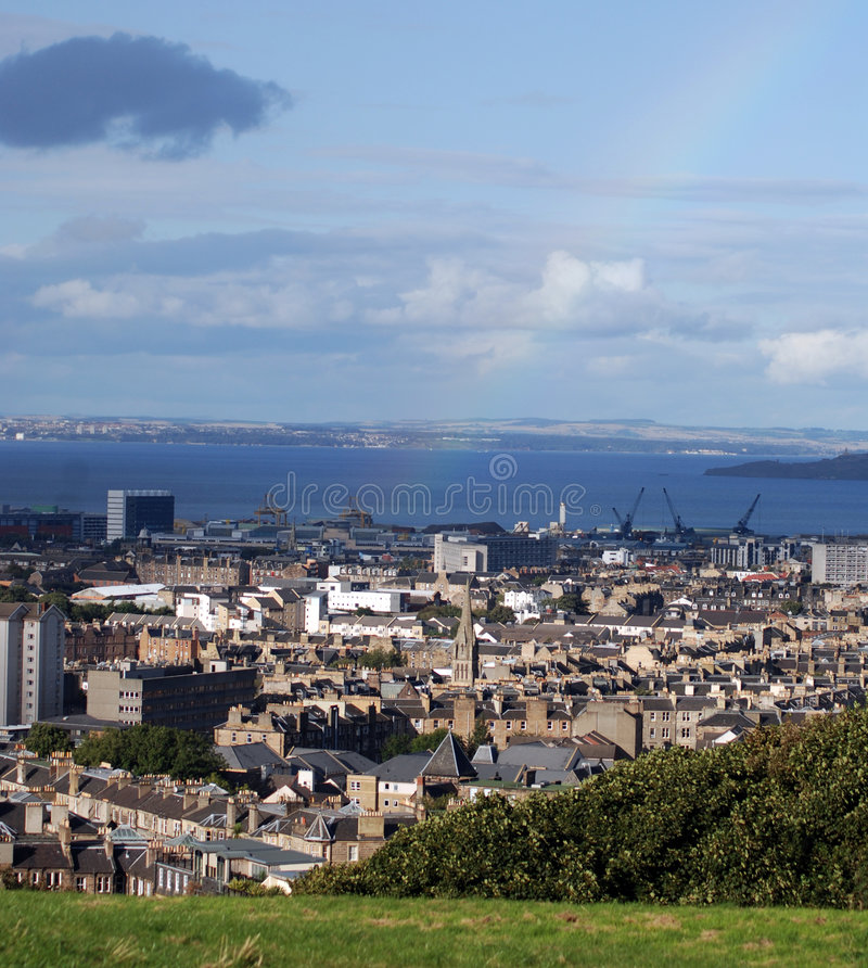 Horizonte de Edimburgo escénico fotografía de archivo libre de regalías