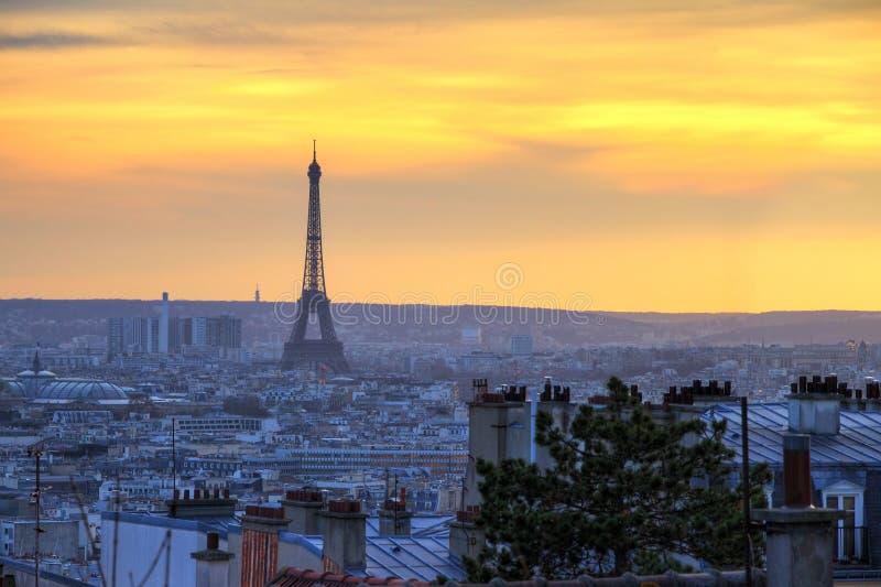 Horizonte de Eiffel del invierno fotos de archivo libres de regalías