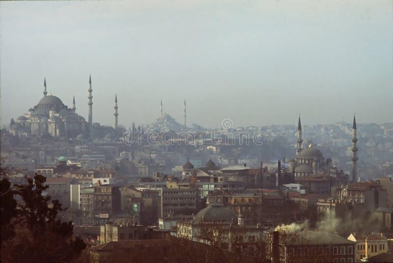 Horizonte de Estambul imagenes de archivo