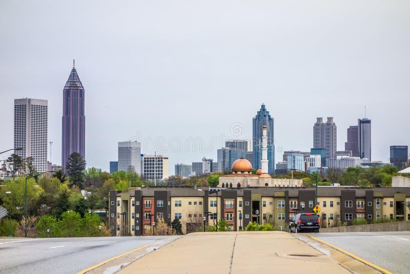 Horizonte de la ciudad de Atlanta Georgia en día nublado fotografía de archivo libre de regalías