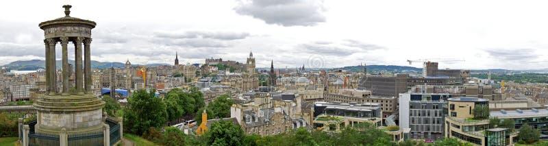 Horizonte de la ciudad de Edimburgo visto de la colina de Calton Escocia, Reino Unido fotos de archivo