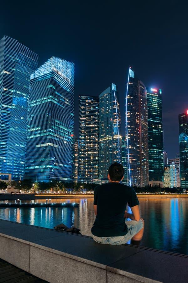 Horizonte de la ciudad de Singapur imagenes de archivo