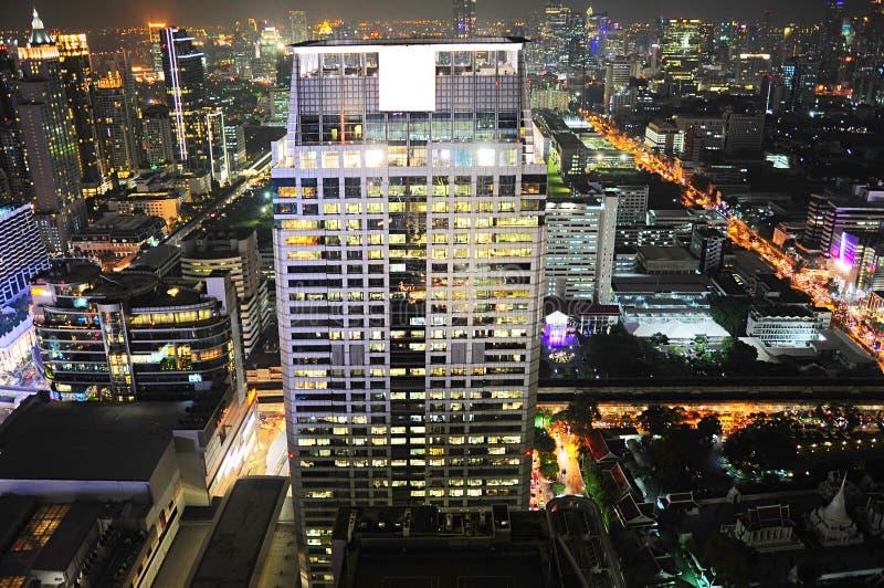 Download Horizonte De La Noche De Bangkok Imagen de archivo - Imagen de moderno, noche: 44850805