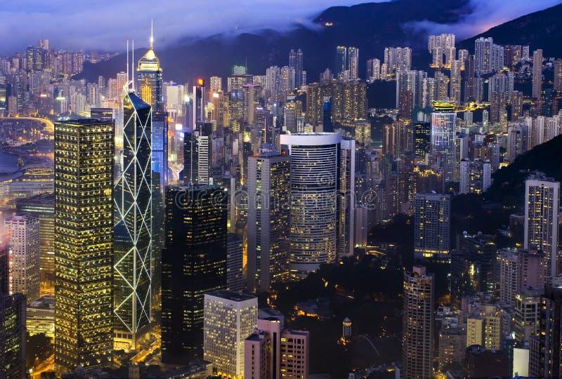 Horizonte de la noche de Hong-Kong fotografía de archivo