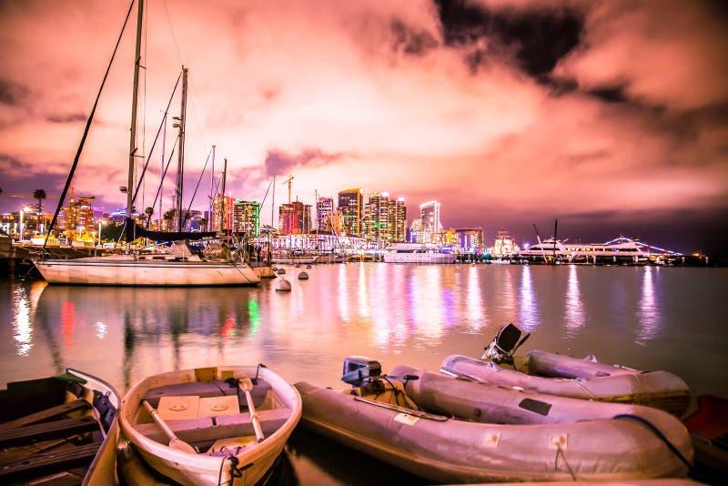 Horizonte de la puesta del sol de San Diego California colorido imágenes de archivo libres de regalías