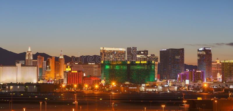 Horizonte de Las Vegas en la noche foto de archivo libre de regalías