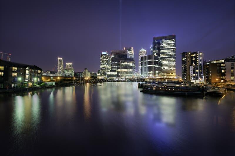 Horizonte de los Docklands foto de archivo libre de regalías