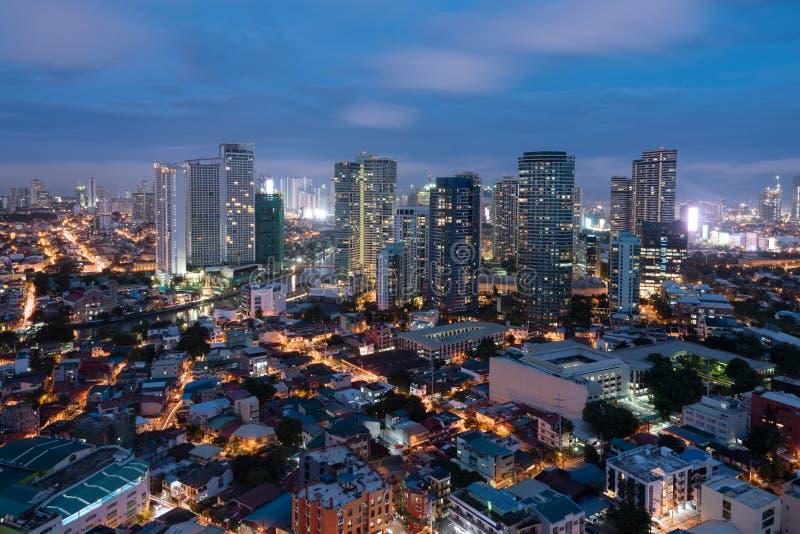 Horizonte de Makati, Manila, Filipinas foto de archivo