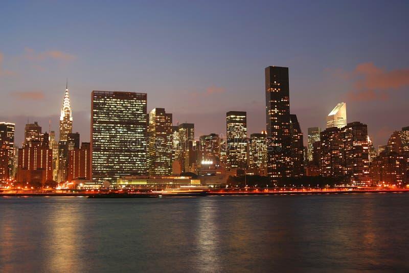 Download Horizonte de Manhattan foto de archivo. Imagen de barco - 1295862