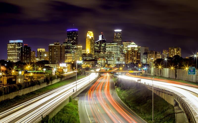 Horizonte de Minneapolis imágenes de archivo libres de regalías