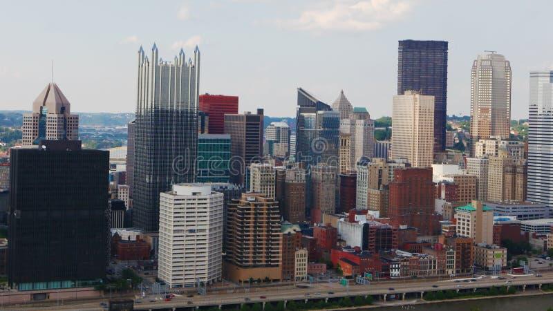 Horizonte de Pittsburgh, Pennsylvania durante día imágenes de archivo libres de regalías