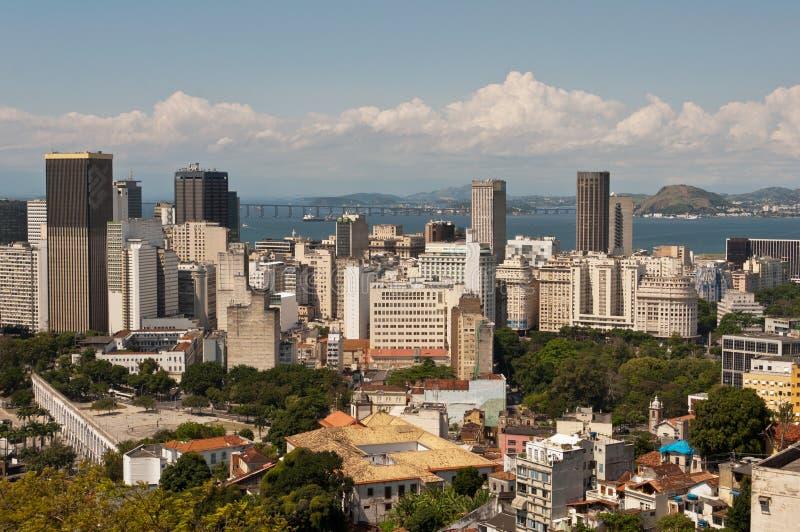Horizonte de Rio de Janeiro céntrico foto de archivo
