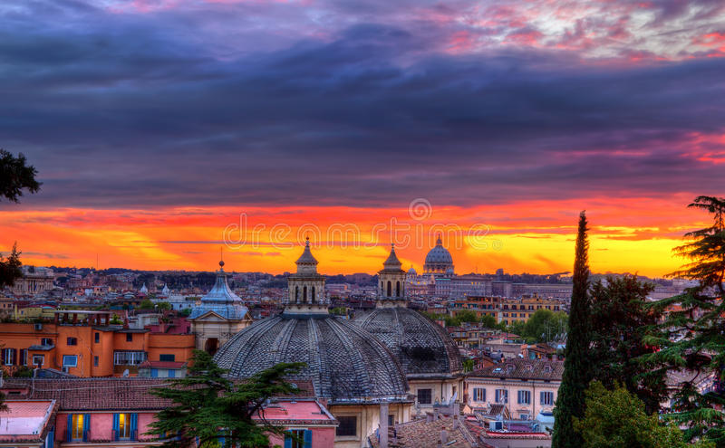 Horizonte de Roma imagen de archivo libre de regalías