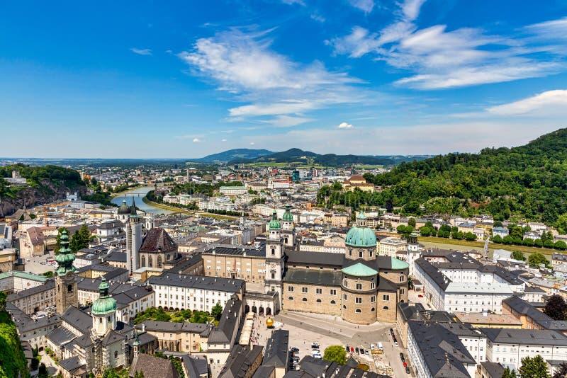 Horizonte de Salzburg, Austria fotografía de archivo