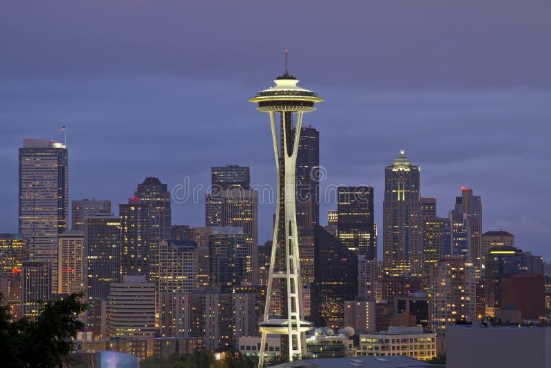 Horizonte de Seattle en la oscuridad 2 imágenes de archivo libres de regalías