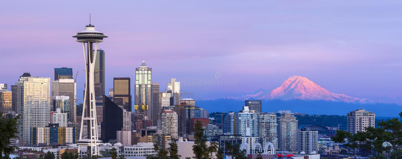 Horizonte de Seattle panorámico foto de archivo