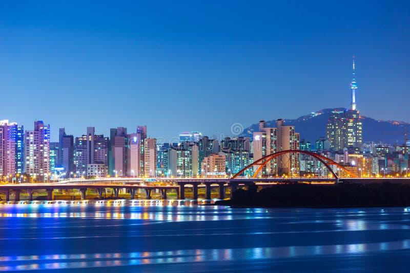 Horizonte de Seul fotos de archivo