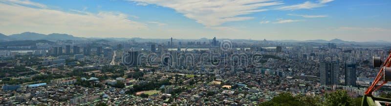 Horizonte de Seul imagenes de archivo