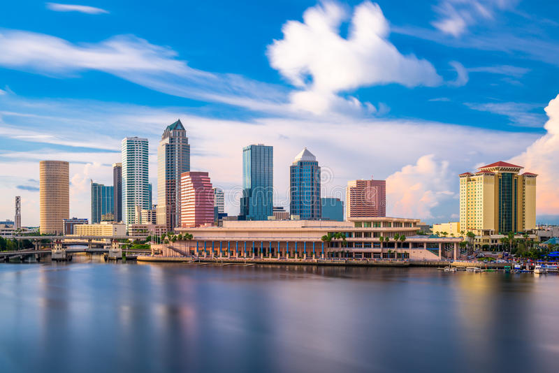 Horizonte de Tampa la Florida fotografía de archivo