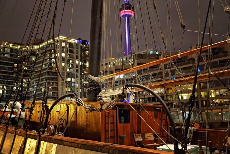 Horizonte de Toronto del lago ontario fotos de archivo
