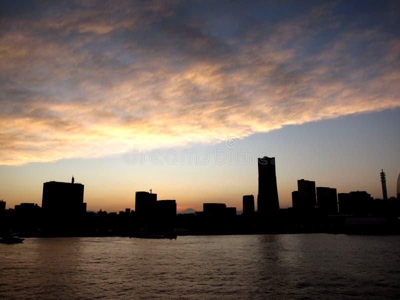 Horizonte de Yokohama con Fuji fotos de archivo libres de regalías