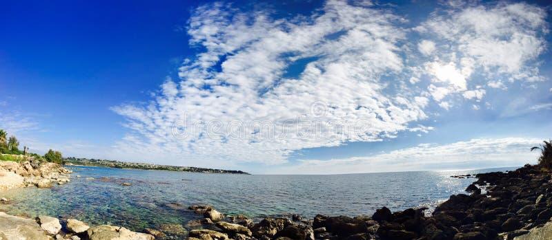 Horizonte del mar de Sicilia imagen de archivo libre de regalías