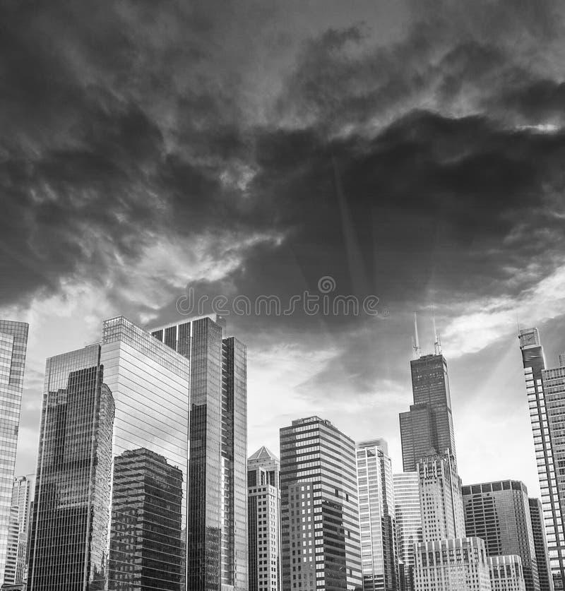 Horizonte hermoso de los edificios y de los rascacielos, Illinois de Chicago fotografía de archivo libre de regalías