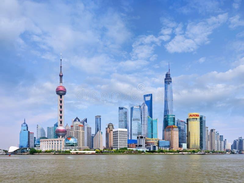 Horizonte impresionante del distrito de Pudong, Shangai, China imagen de archivo libre de regalías