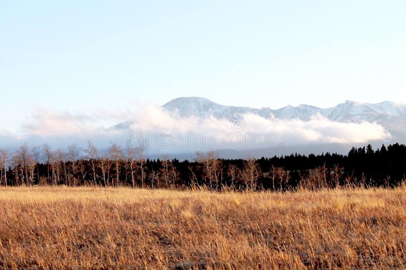 Horizonte nublado de Colorado en primavera imagen de archivo