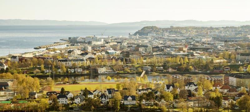Horizonte panorámico de Strondheim, Noruega fotografía de archivo libre de regalías