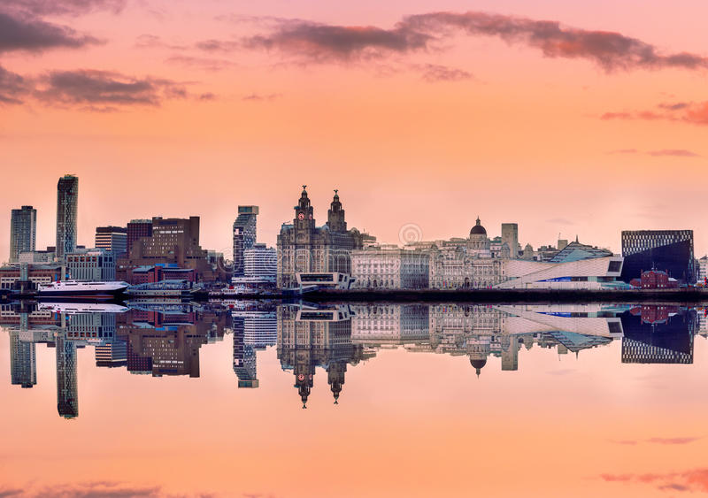 Horizonte panorámico Liverpool Reino Unido fotos de archivo