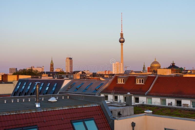 Horizonte y casas de Berlín foto de archivo
