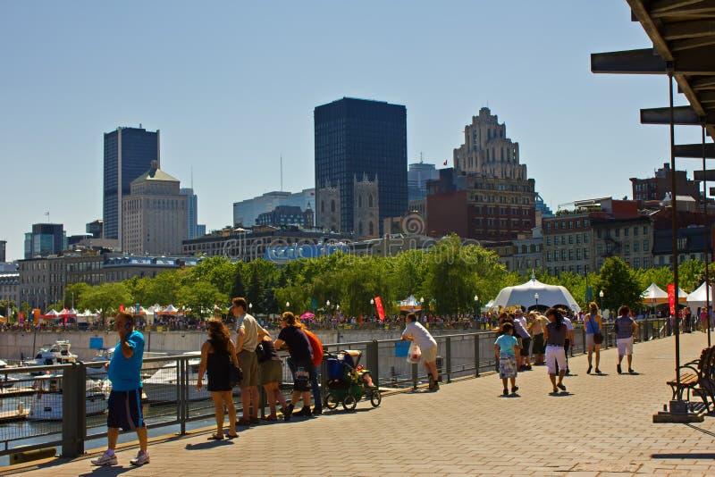 Horizonte y puerto de Montreal. fotografía de archivo