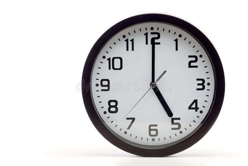 Horloge analogue noire photo stock