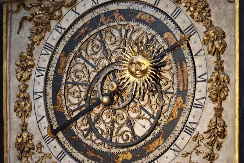 Horloge astronomique (plan rapproché) images stock