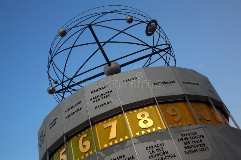 Horloge atomique, Alexanderplatz, Berlin photos libres de droits