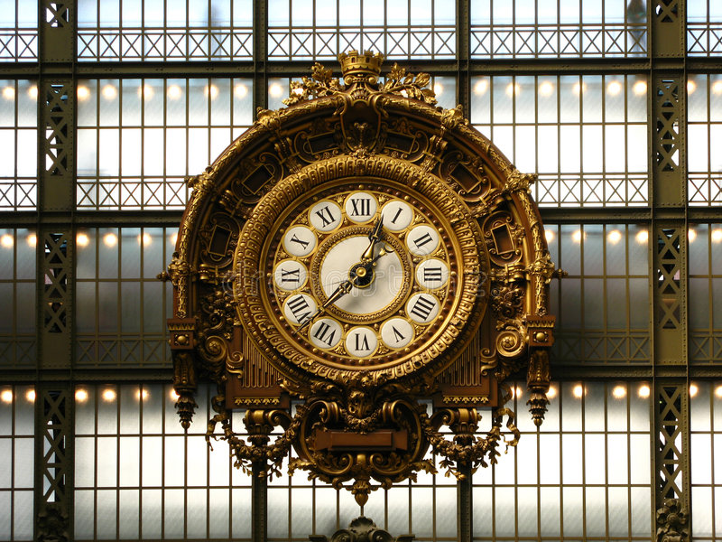 Horloge dans le musée 01, Paris, France d'Orsay photo stock