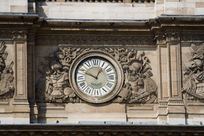 Horloge de musée d'auvent image stock