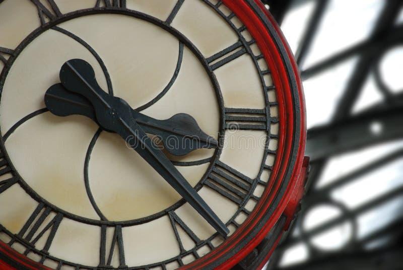 Horloge de station de train image stock